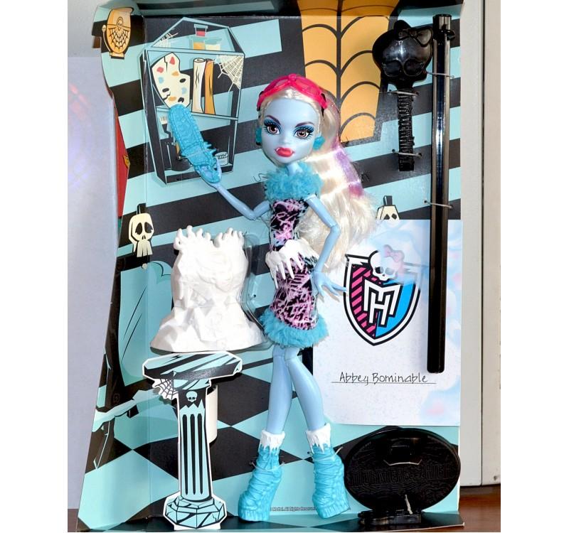 Купить куклу Монстр Хай Эбби Боминейбл из серии Арт Класс в интернет-