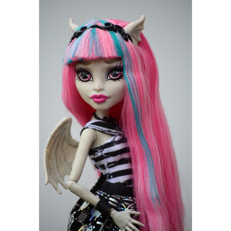 Купить куклу Монстр Хай Рошель Гойл с питомцем, базовая с доставкой