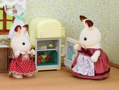 Набор Sylvanian Families 2202 - Мама кролик и холодильник