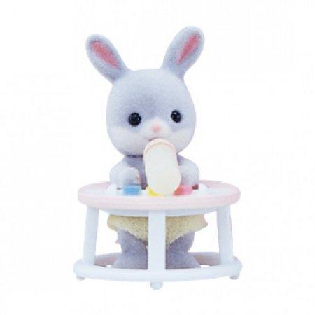 Sylvanian Families - Младенец в пласт.сундучке Кролик в ходунках
